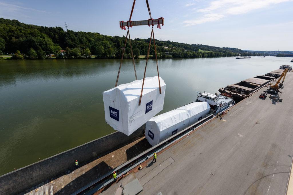 Schwergut Umschlag bayernhafen Passau