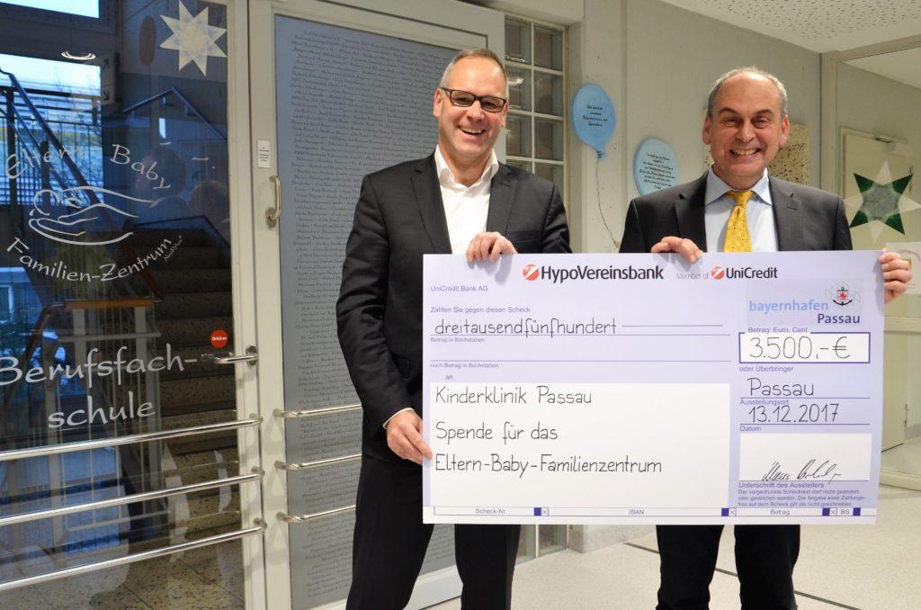 Spende Scheck Übergabe Kinderklinik Passau bayernhafen 2017