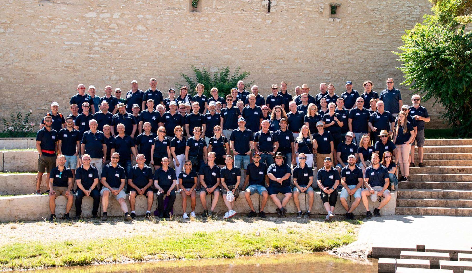 Gruppenbild Mitarbeiter bayernhafen