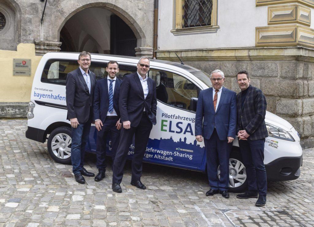 E-Mobilität E-Auto Lieferwagensharing Pressetermin Altes Rathaus Regensburg