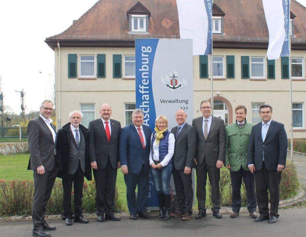 Besuchergruppe bayernhafen Aschaffenburg