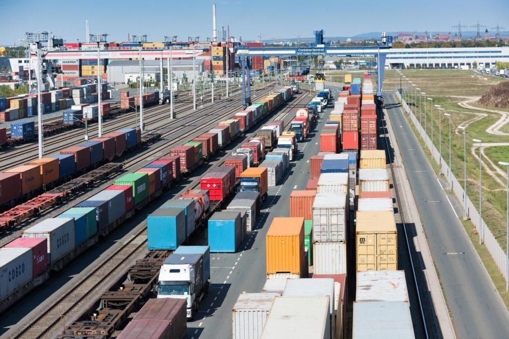 Kombinierter Verkehr Terminal bayernhafen Nürnberg Wechselzone