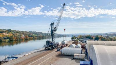 Umschlag Biertanks LHM420 bayernhafen Passau