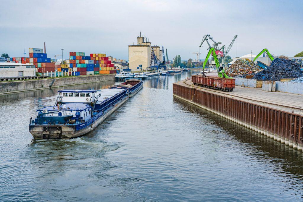 Westhafen bayernhafen Regensburg