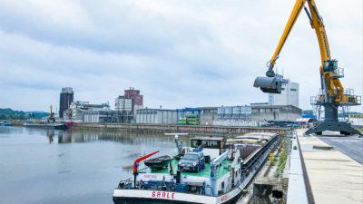 Bulk cargo handling quay 4 bayernhafen Bamberg