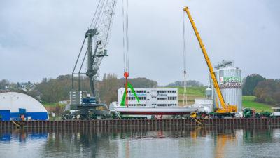 bayernhafen Passau heavy lift handling