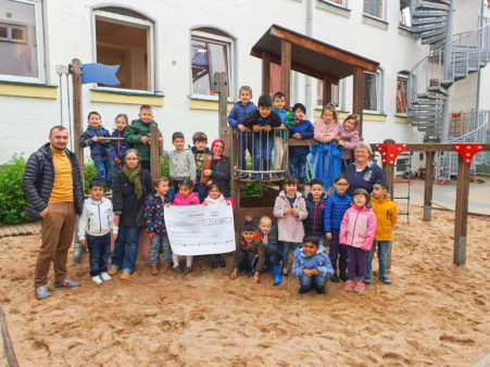 Donation award to the Sternenhimmel Hasstraße Children's Daycare Centre