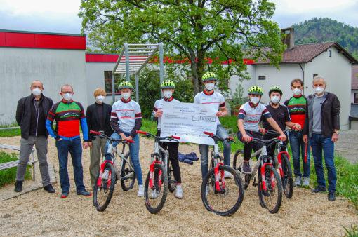Donation award to Hauzenberg Sport Secondary School